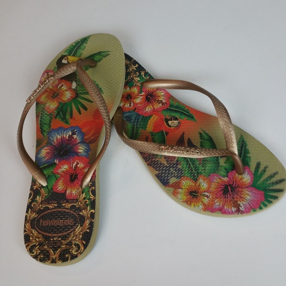 30f375e977bf Havaianas Shoes - Havaianas Slim7 8 Tropical Toucan Parrot FlipFlops